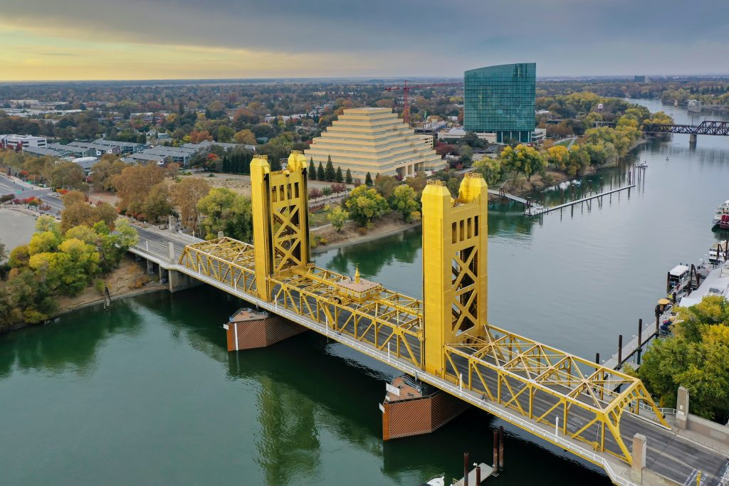 An image of the Sacramento Tower Bridge for California Integrative Therapy. Contact us to learn about anxiety treatment in Sacramento, CA, individual therapy for relationship issues, and other services. A trauma therapist can help you with therapy in Sacramento, CA can help you today! 95688 | 95765 | 95624